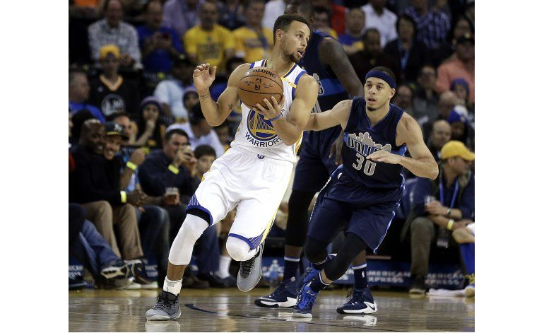 Buen arranque de Thompson lidera a Warriors sobre Mavericks