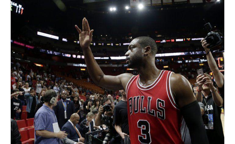 Wade gana en su regreso a Miami