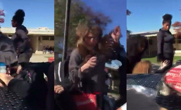 Feroz golpiza a una estudiante que apoyaba a Donald Trump