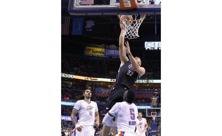Clippers vence al Thunder con 25 puntos de Blake Griffin