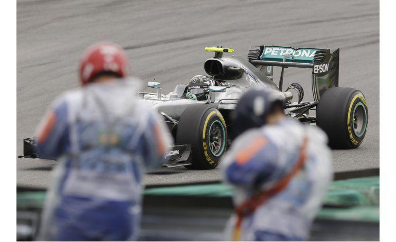 Hamilton logra la pole del GP de Brasil
