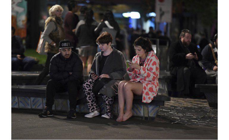 Terremoto sacude Nueva Zelanda y deja dos muertos