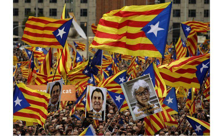 Catalanes protestan impugnación de España a secesión