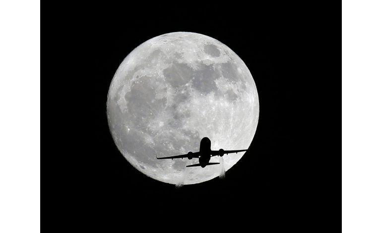 Los cielos de todo el planeta lucen la superluna