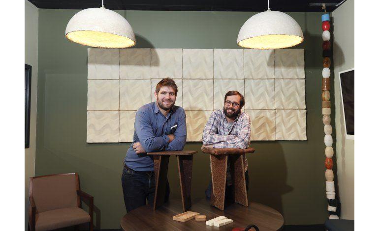 Una fábrica de Nueva York crea muebles con hongos