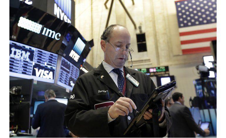 Wall Street cierra prácticamente sin cambios