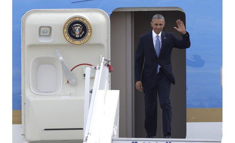 Obama busca calmar a europeos sobre Trump y la OTAN
