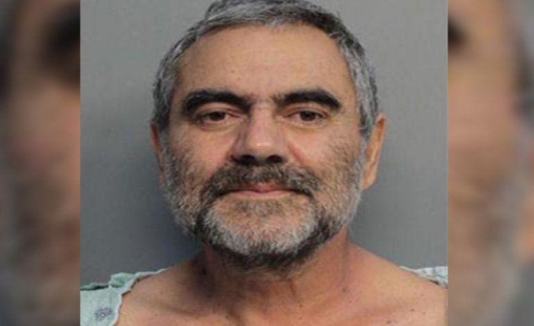Comparece en corte hombre que protagonizó una cacería humana tras presuntamente asesinar a su esposa e hijo y dispararle a un abogado