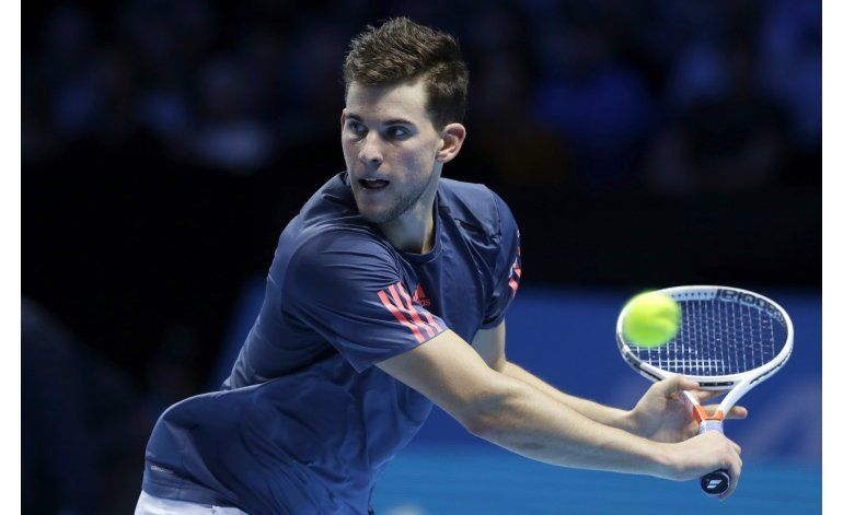 Djokovic se instala en semis de la Copa Masters