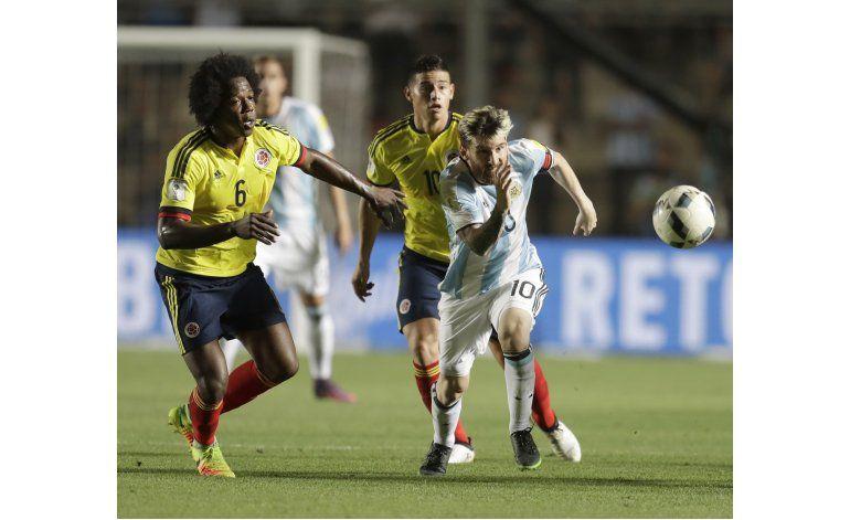 Con un Messi genial, Argentina golea 3-0 a Colombia