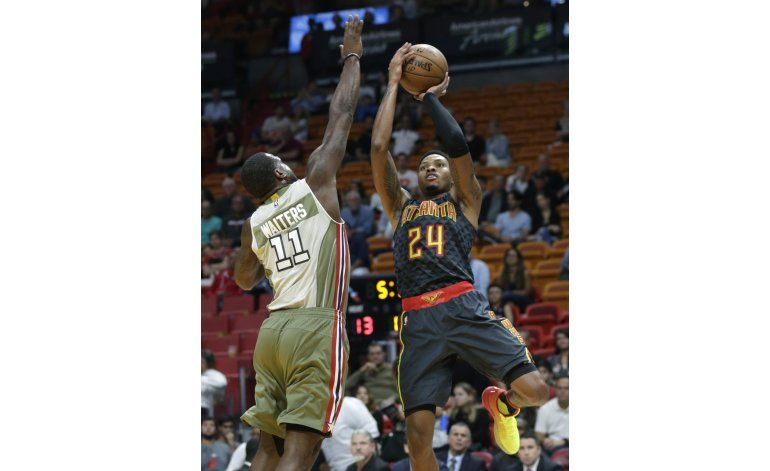 Hawks vencen al Heat e hilan 5 victorias