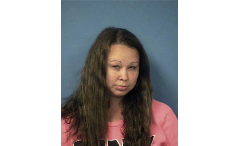 Arrestan en Nevada a una mujer que tenía 3 tigres en casa