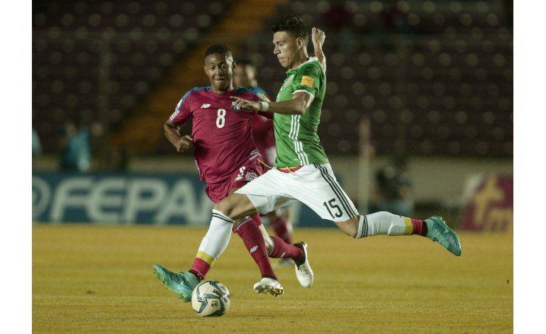 México se complica otra vez en Panamá; empata 0-0