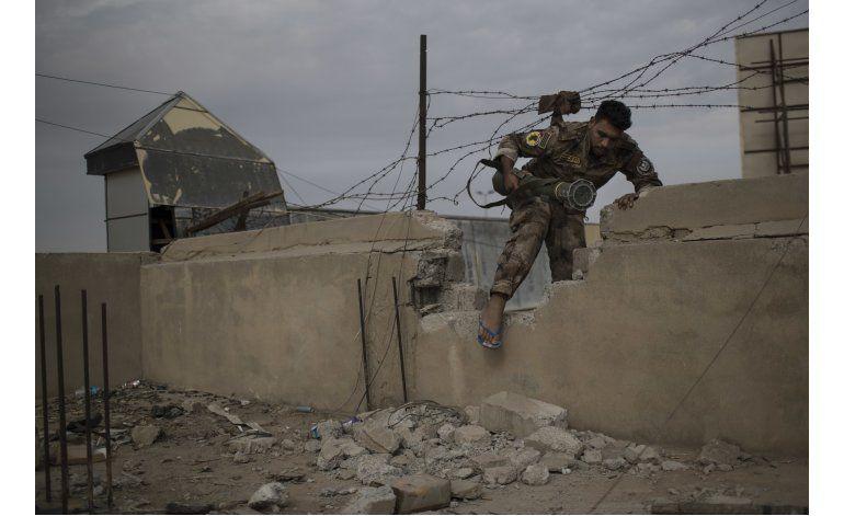 Fuerzas iraquíes atacan al grupo EI en el este de Mosul