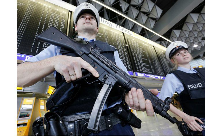 UE presenta nuevos controles de seguridad para viajeros