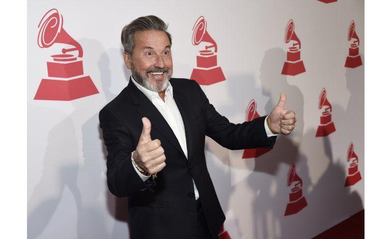 Emoción y política en entrega de Latin Grammy especiales
