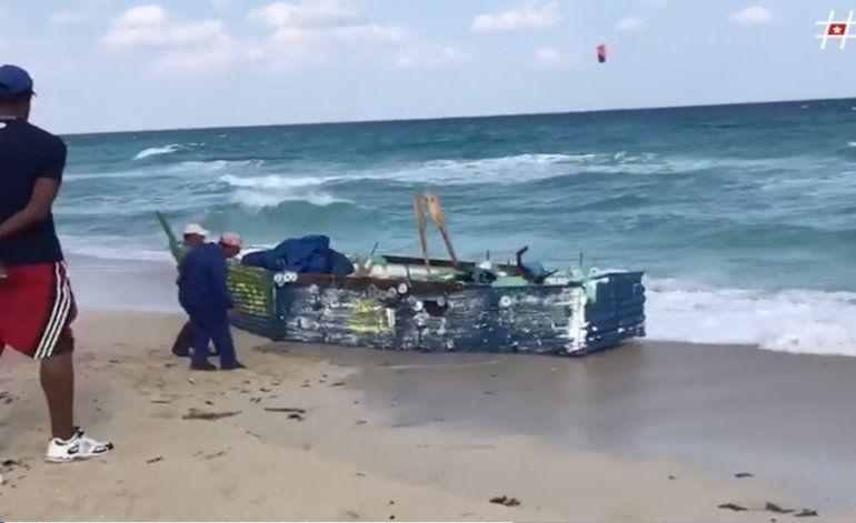 Aparece una balsa vacía en la playa de Tarará