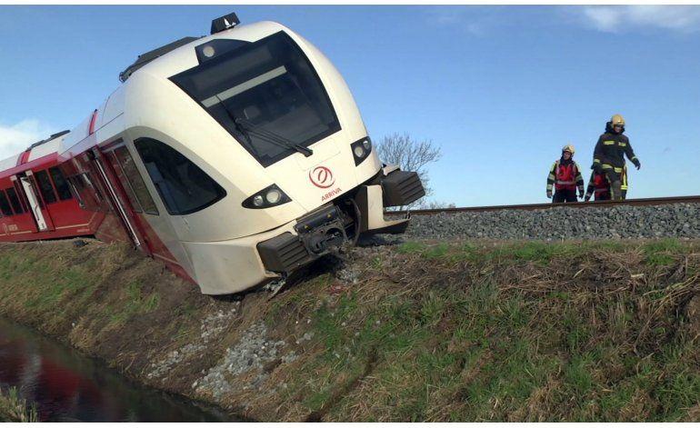 Se descarrila tren de pasajeros en Holanda; 18 heridos