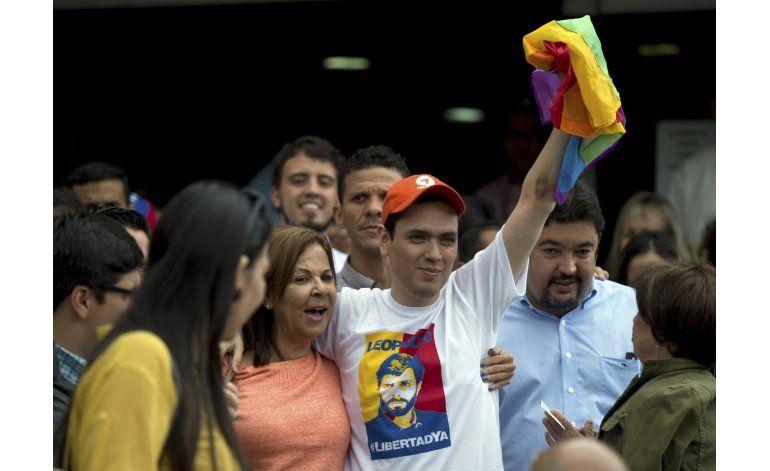 Liberación de opositor da nuevo aire a diálogos en Venezuela