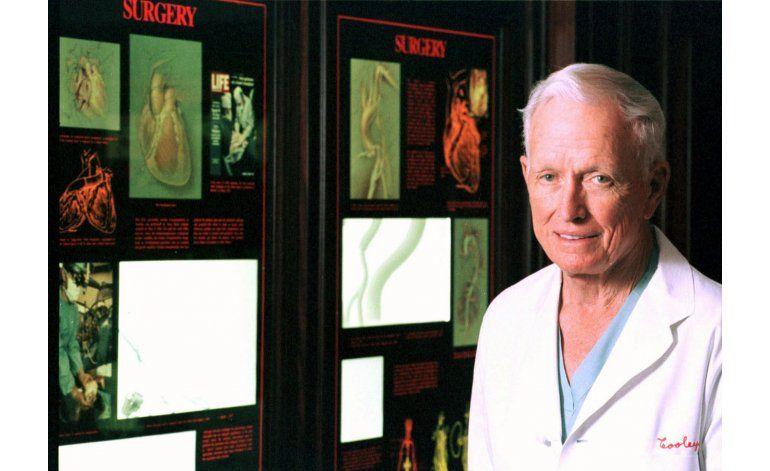 Fallece el famoso cirujano cardiovascular Denton Cooley