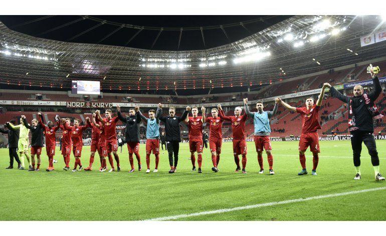 Leipzig supera a Leverkusen y es líder de la Bundesliga
