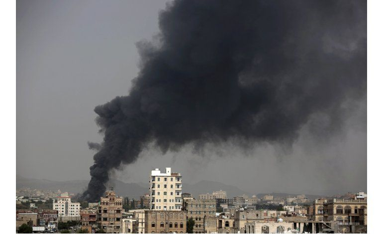 Ataque a mercado en Yemen deja 21 muertos