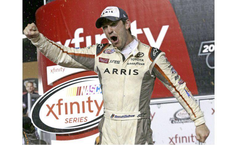 Mexicano Suárez, 1er campeón extranjero en NASCAR