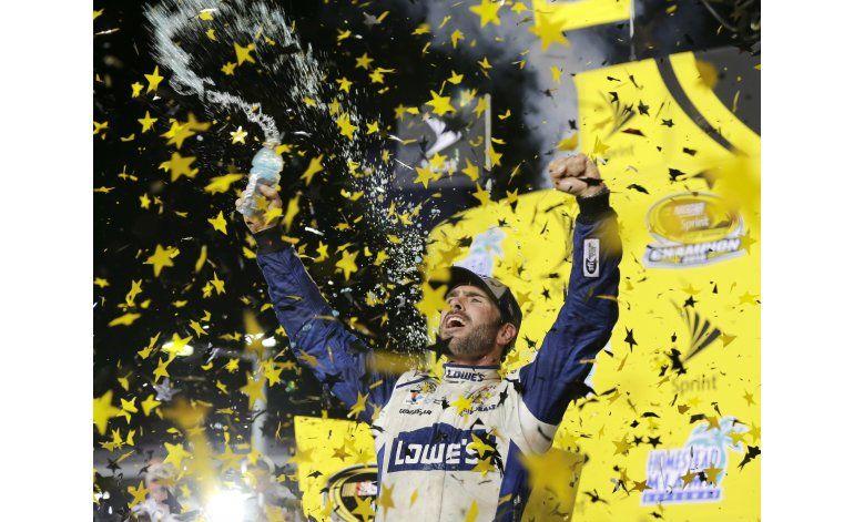 Jimmie Johnson, 7 veces campeón de NASCAR