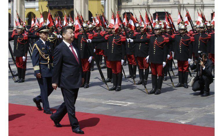 Presidente de China visita Perú y firma convenios