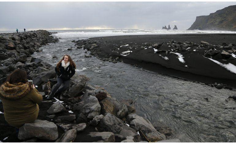 Volcán pasa a ser atractivo turístico en Islandia