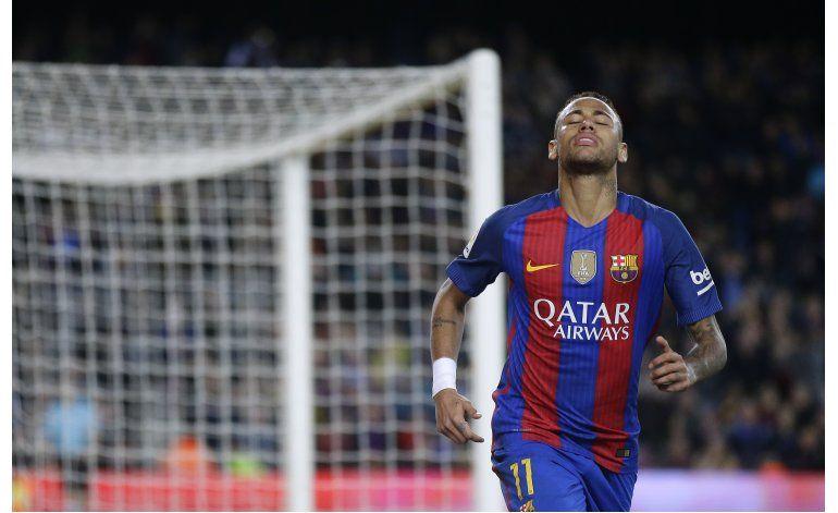 Messi, Neymar y Robson-Kanu tras premio FIFA al gol del año