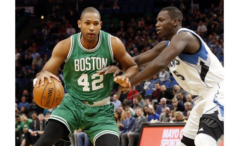 Celtics remontan en el 4to para vencer 99-93 a Twolves