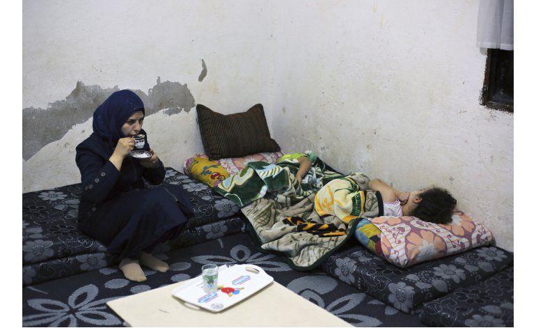 Refugiada siria, de niña comprometida a madre soltera