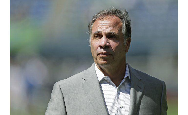 Arena reemplaza a Klinsmann como técnico de EEUU