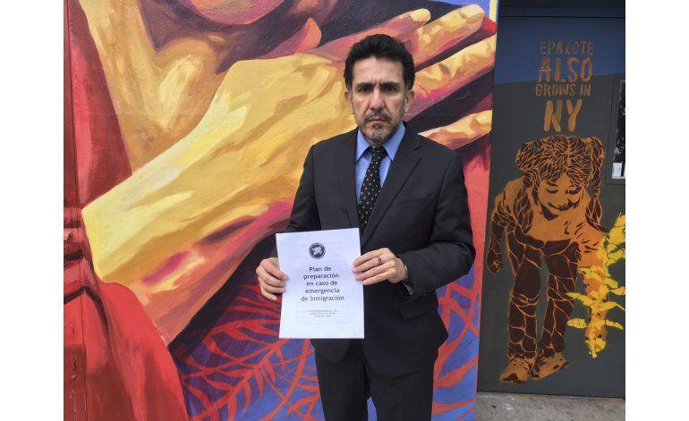 EEUU: urgen a inmigrantes a preparar plan de emergencia