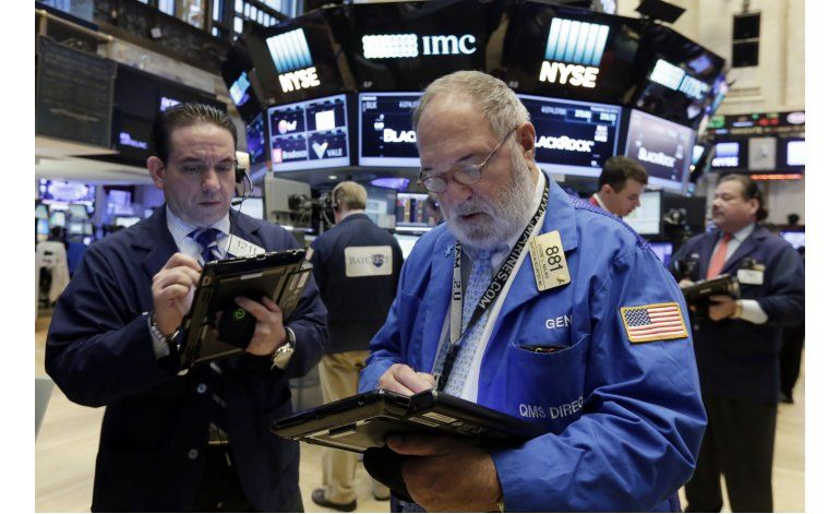 Wall Street: Dow Jones rompe barrera de 19.000