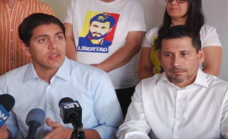 Alcalde y un diputado cuentan como son perseguidos políticos del gobierno de Nicolás Maduro en Venezuela