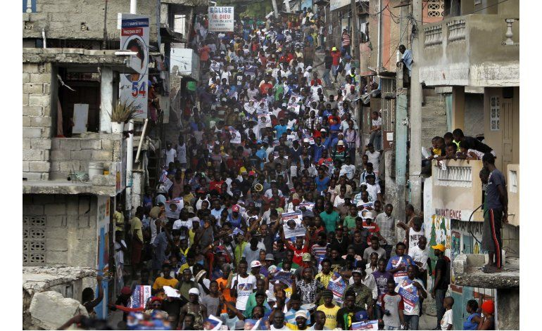 Policía disuelve protestas tras elecciones en Haití
