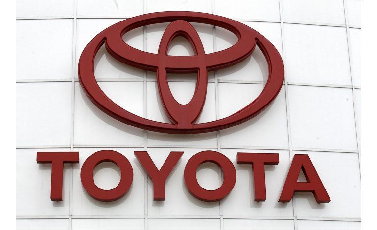 Toyota llama a reparación a 834.000 minivans Sienna