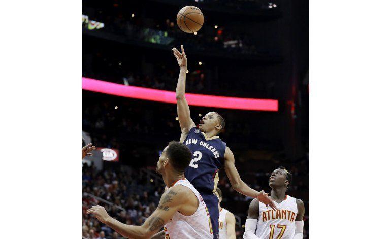 Pese a que Davis sufre golpe, Pelicans arrollan a Hawks