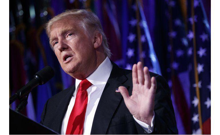 Organización caritativa de Trump admite que violó ley fiscal