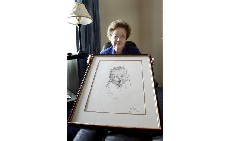 Beba original Gerber cumple 90 años
