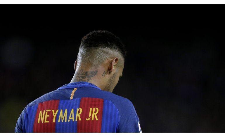 Fiscales en España piden 2 años de cárcel para Neymar