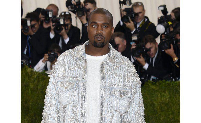 Kanye West termina en hospital tras un año tumultuoso