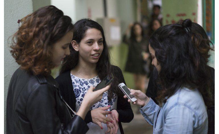 Mil escuelas tomadas: se politizan los estudiantes en Brasil