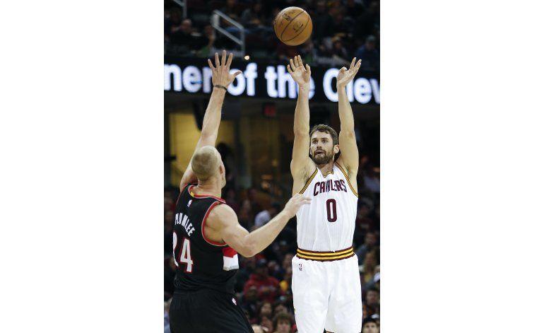 Kevin Love fija récord de la NBA con 34 puntos en 1er cuarto