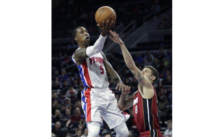 Pistons sale de la mala racha y aplasta 107-84 al Heat