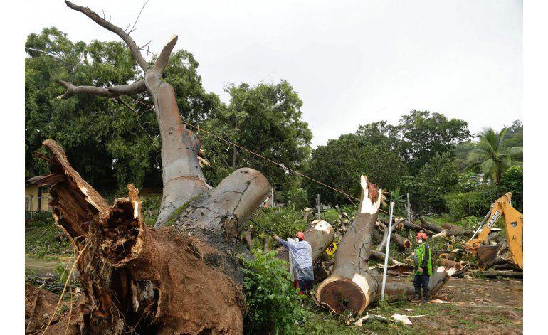 Otto se degrada a tormenta tropical al cruzar Nicaragua