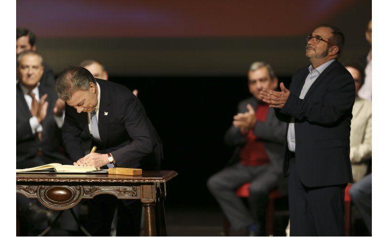 Gobierno de Colombia y las FARC firman nuevo acuerdo de paz