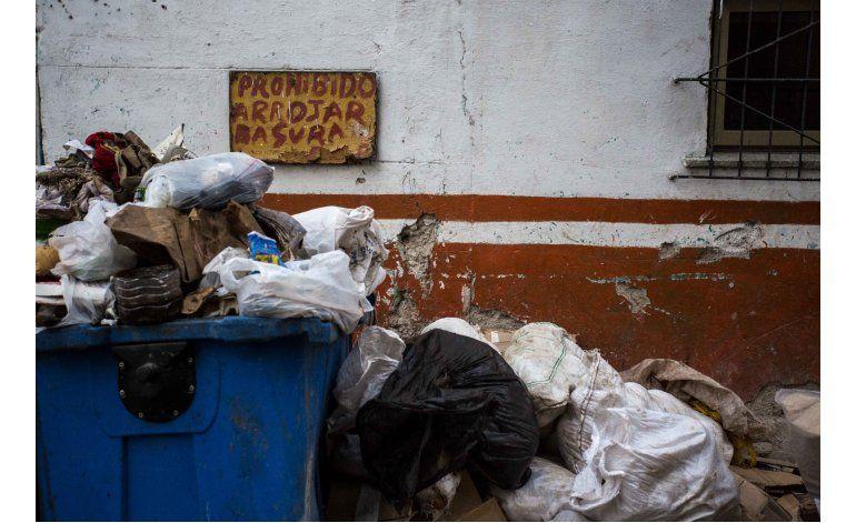 La Habana busca poner orden en caóticas zonas comerciales